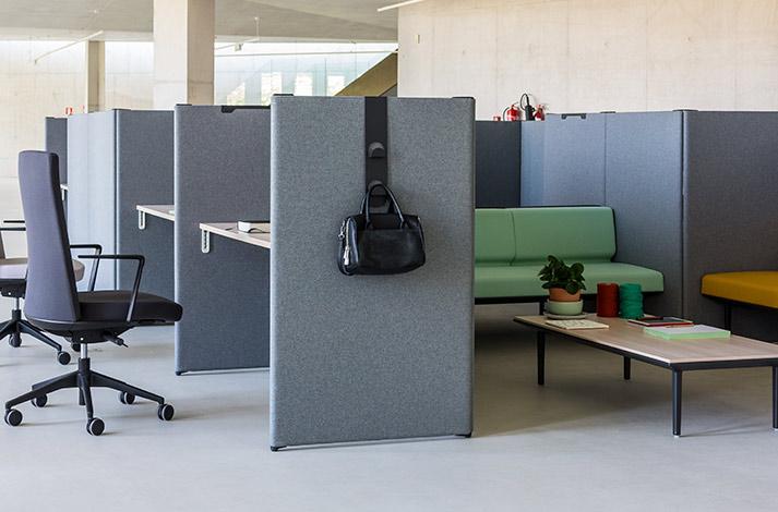 Mobiliario de oficina para call center - Mesas muebles y sillas