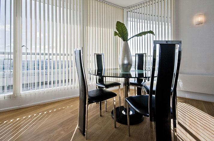 cortinas de oficina verticales